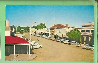 #D.   POSTCARD - WENTWORTH, NSW, 1960s MOTORVEHICLES