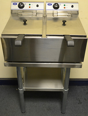 NEW Electric TWIN 10L Commercial Deep Fat Fryer on STAND  2 x UK 13 amp plugs