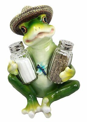 Green Frog with Hat Sitting Salt and Pepper Shakers Holder Gift Decor Figurine