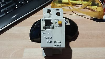 CRABTREE STARBREAKER 20A 10mA, RCBO, RCD CIRCUIT BREAKER 61/B2010 PLUG IN TYPE