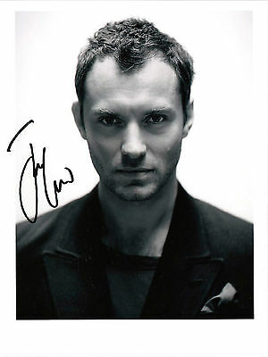 Jude Law very handsome 8x6 photo / reprint autograph