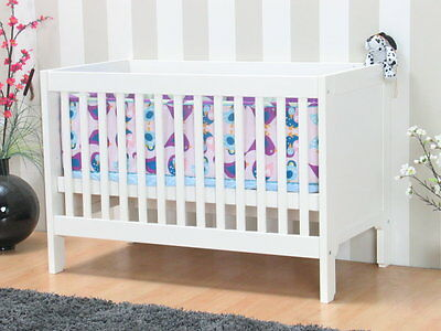 babybett kinderbett gitterbett weiss 120x60 neu. Black Bedroom Furniture Sets. Home Design Ideas