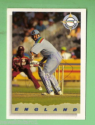 Signed  1993 Cricket Card