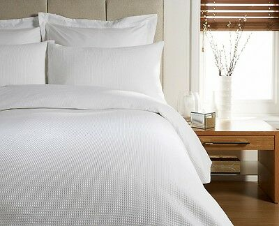 LUXURY HIGH QUALITY WAFFLE DESIGN Duvet Cover Bed Set White or Cream. All sizes