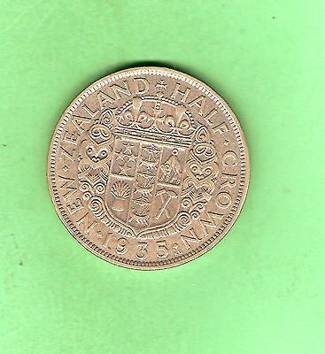 1935  New Zealand  Silver Half Crown Coin