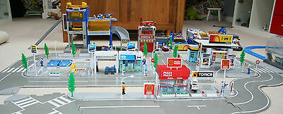 ~Tomy~ Tomica Hypercity~ Cars, Roads, Trains, Buildings JOB LOT in VGC