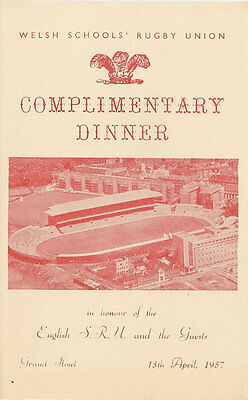 WALES v ENGLAND 13 Apr 1957 SCHOOLS UNDER 16s RUGBY DINNER MENU CARD