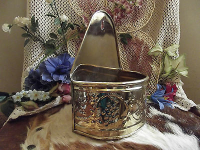 Chic HOSLEY Brass WALL Pocket PLANTER Gold METAL GRAPE SCROLL 3D Art
