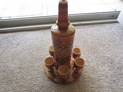 WOODEN DECORATED BOTTLE WITH LID, TRAY AND 5 GOBLETS