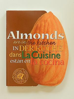 Almonds are in the kitchen in der Küche Mandeln