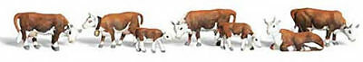 NEW Woodland Scenics Hereford Cows N A2144