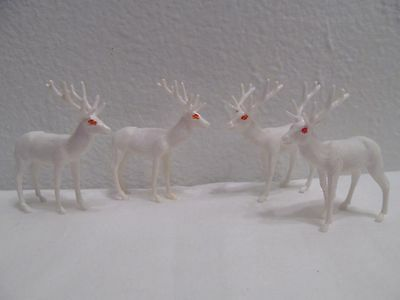 Vtg Xmas Solid Plastic White Reindeer With Red Eyes Ornament Figurine Hong Kong