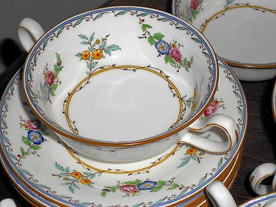 Minton MELROSE B1289 Set of 8 Cream Soups with 7 Under Plates and 1 Saucer