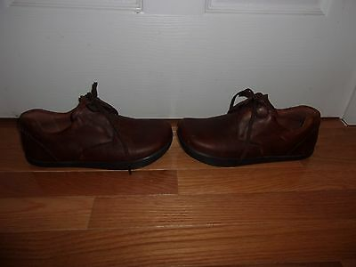 """Extremely Gently Used!  Unique Earth """"Wind"""" Lace-Up Shoes - Size 7 Women/5 Men"""