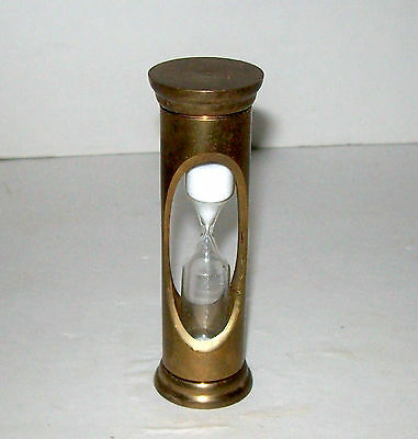 """VINTAGE NAUTICAL SOLID BRASS 3 3/4"""" EGG TIMER GLASS HOURGLASS WITH WHITE SAND"""