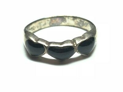 Fantastic Sterling Silver Ring With Lovely Heart Design - Mint!!  - Size 4