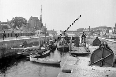 rp12833 - Canal Lock , Athlone , Co Westmeath , Ireland - photo 6x4