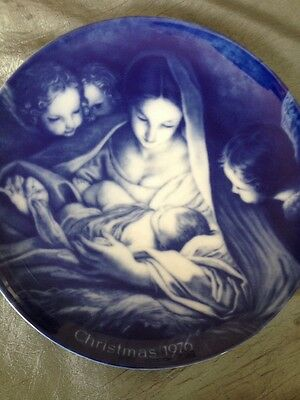 Kaiser Porcelain Collectors Plate- Christmas 1976. West Germany