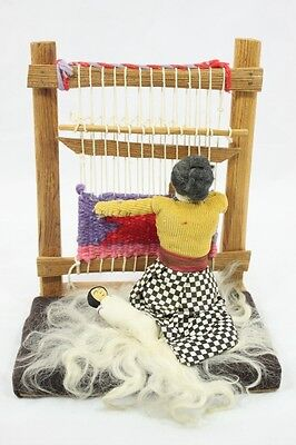 Vintage Navajo? Indian Doll Diorama Rug Weaver with Loom Mother Child
