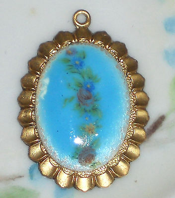 #100O Vintage Guilloche Pendant gold Tone Blue Flower Rose Hand Painted NOS Red