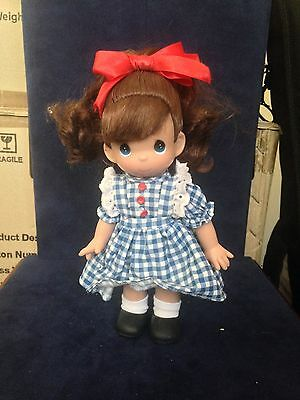 """Precious Moments Pretty Girl in Blue Dress With Red Bow 9"""" Doll"""