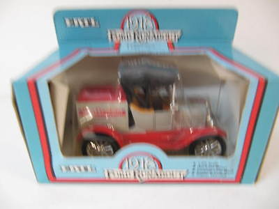 ERTL Ben Franklin 1918 Ford Runabout Die Cast Metal Bank 1/25
