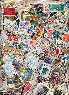 Huge Collection Of Worldwide Stamps - 5,000 Different -  $1,500.00 Value!!