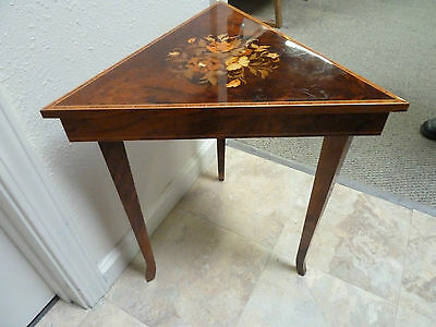 VTG ITALIAN PRETTY WOOD MARQUETRY INLAY MUSIC BOX TABLE SWISS REUGE HINGED LID