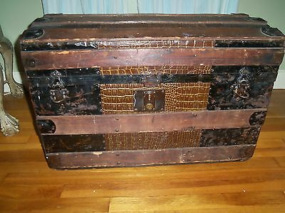 ANTIQUE STEAMER TRUNK VICTORIAN DOME TOP 1870'S WOOD & METAL LOVE LETTER COMPART