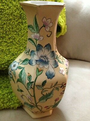 Vintage Stunning Asian Base Lovely Hand Painted Floral Design Very Large  14 In