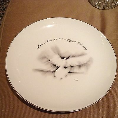 Japanese White Peace Love Dove Wall Hanging Plate Love Is His Season Collector