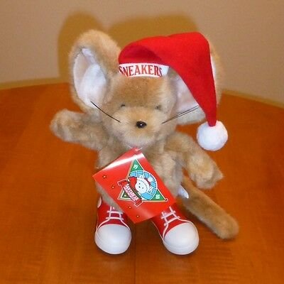 """1988 SNEAKERS THE MOUSE-SANTA BEAR AND HIS POLAR CLUB"" NO RESERVE"