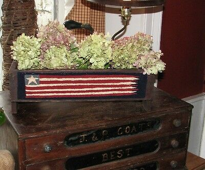 Primitive Punch Needle Pattern ~ The Old Tattered Flag