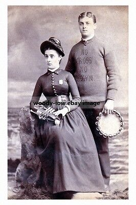 rp16982 - Salvation Army Couple - photo 6x4