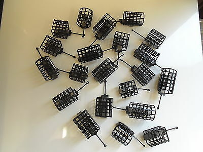 20 x mixed Metal Cage Feeders, Round and Square, 10 gram - 50 Gram.