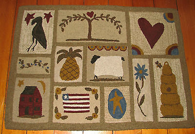 Primitive Hooked Rug Pattern On Linen ~ Huge Favorite Things Summer