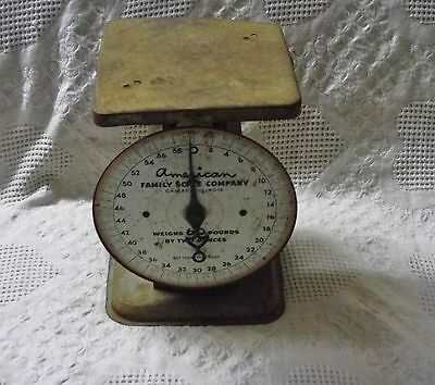 Vintage American Family Scale, Weighs Up To 60 Pounds By 2 Ounces