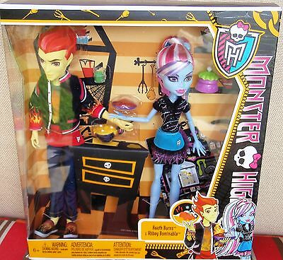 Monster High HOME ICK ABBEY BOMINABLE & HEATH BURNS/New/NRFB/USA FREE SHIP/6+
