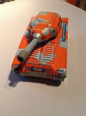 SUPER TANK CLOCKWORK  ROTATIVE TIN TOY MADE IN CHINA MS 701