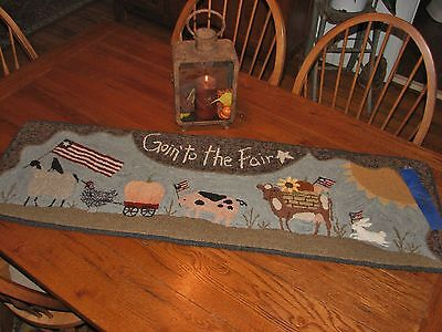 """Primitive Hooked Rug Pattern On Linen """"Goin' To The Fair"""""""