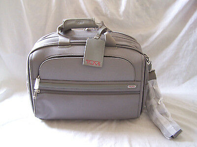 """TUMI Alpha FXT Gen. 4.4 18"""" Boarding Tote Bag Briefcase Carry-On  22154 NWT"""