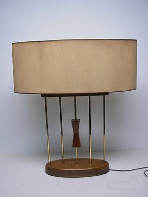VINTAGE MID CENTURY MODERN OVAL TABLE LAMP w CENTER PULL DOWN ON OFF LEVER