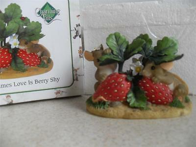 CHARMING TAILS MICE Sometimes love is Berry shy Dean Griff 84/125 Fitz and Floyd