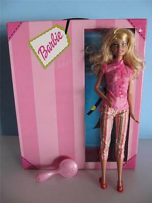 BARBIE Fashion Storage Case Carrier With Fashionista Doll Bedroom  Diorama~Great!