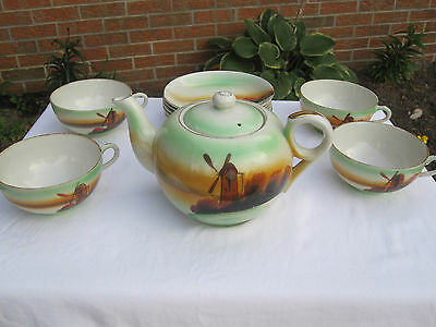 VINTAGE T & T HAND PAINTED MADE IN JAPAN TEA POT WITH CUPS & SAUCERS W/ WINDMILL