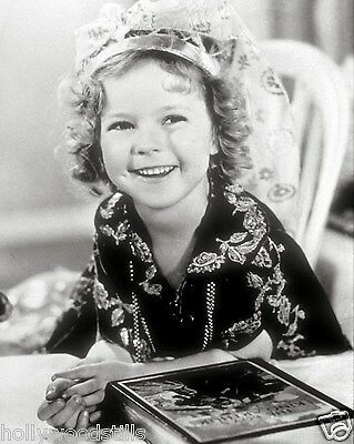Shirley Temple smiling with a book rare movie stars 8x10 photo