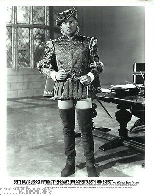 ERROL FLYNN Handsome Earl of Essex PORTRAIT Photo PRIVATE LIFE OF ELIZABETH AND