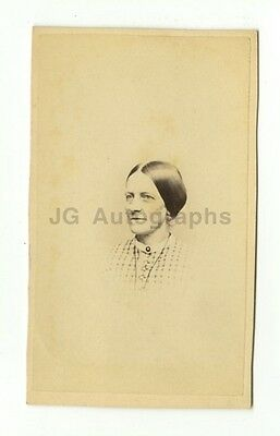 19th Century Fashion - 1800s Carte-de-visite Photo - Moulthrop of New Haven, CT