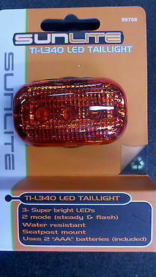 SunliteTI-L340 LED Taillight -Superbright 3 LEDs with 2 modes includes batteries