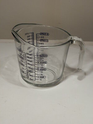 ANCHOR HOCKING 4 CUP MEASURING CUP DARK BLUE PAINT AND OPEN HANDLE EXCELLENT